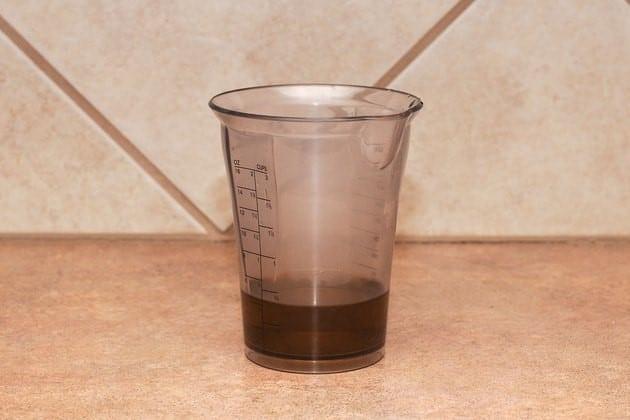 Bẫy ruồi bằng bình sữa - B2