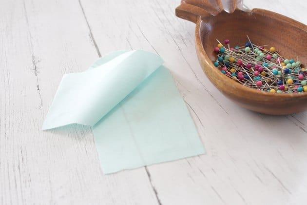 Chọn 2 mảnh vải để làm lót