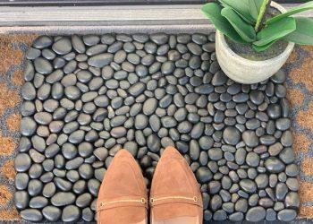 Tự làm thảm chùi chân bằng đá